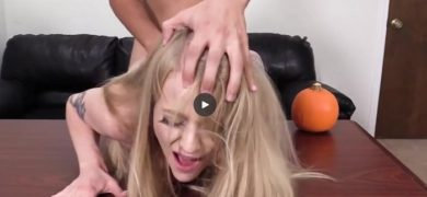 Amateur Alyssa is banged on the casting