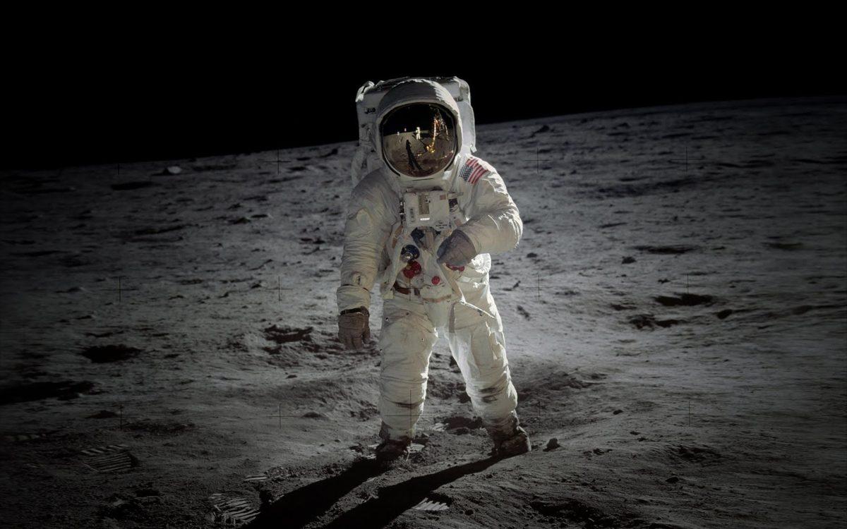 Astro On Moon