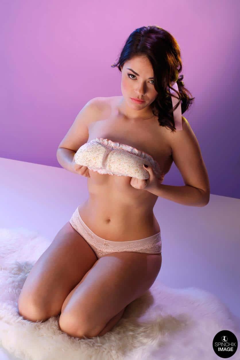 Ava Delush Solo Striptease 5