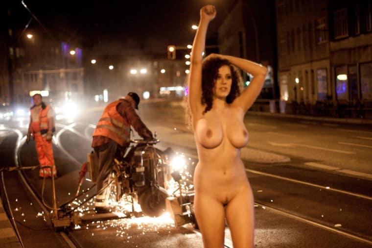 Leila Lowfire Nude Topless Photos Videos Busty German Model