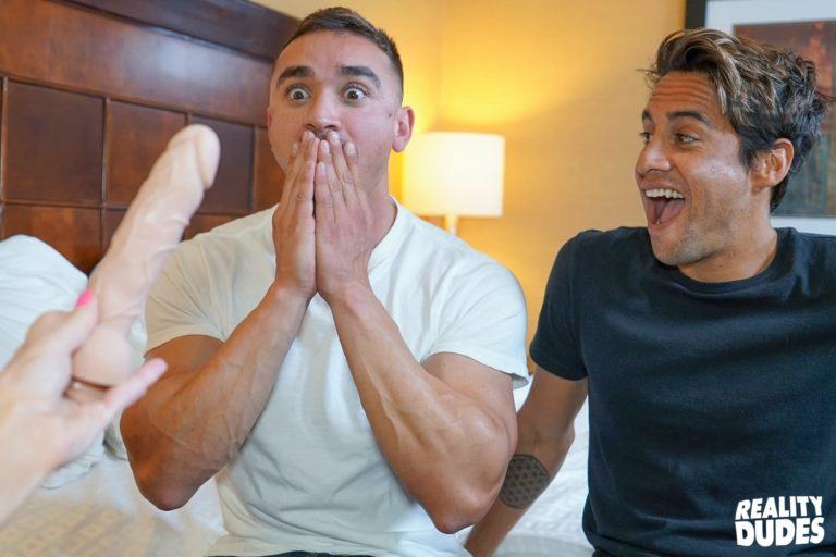 Reality Dudes Shocking Moment Guy Sucks His Cock