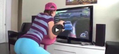 Teen gamer Lizzy Tucker rides a fat shaft