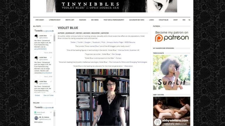 Tiny Nibbles Violet Blue